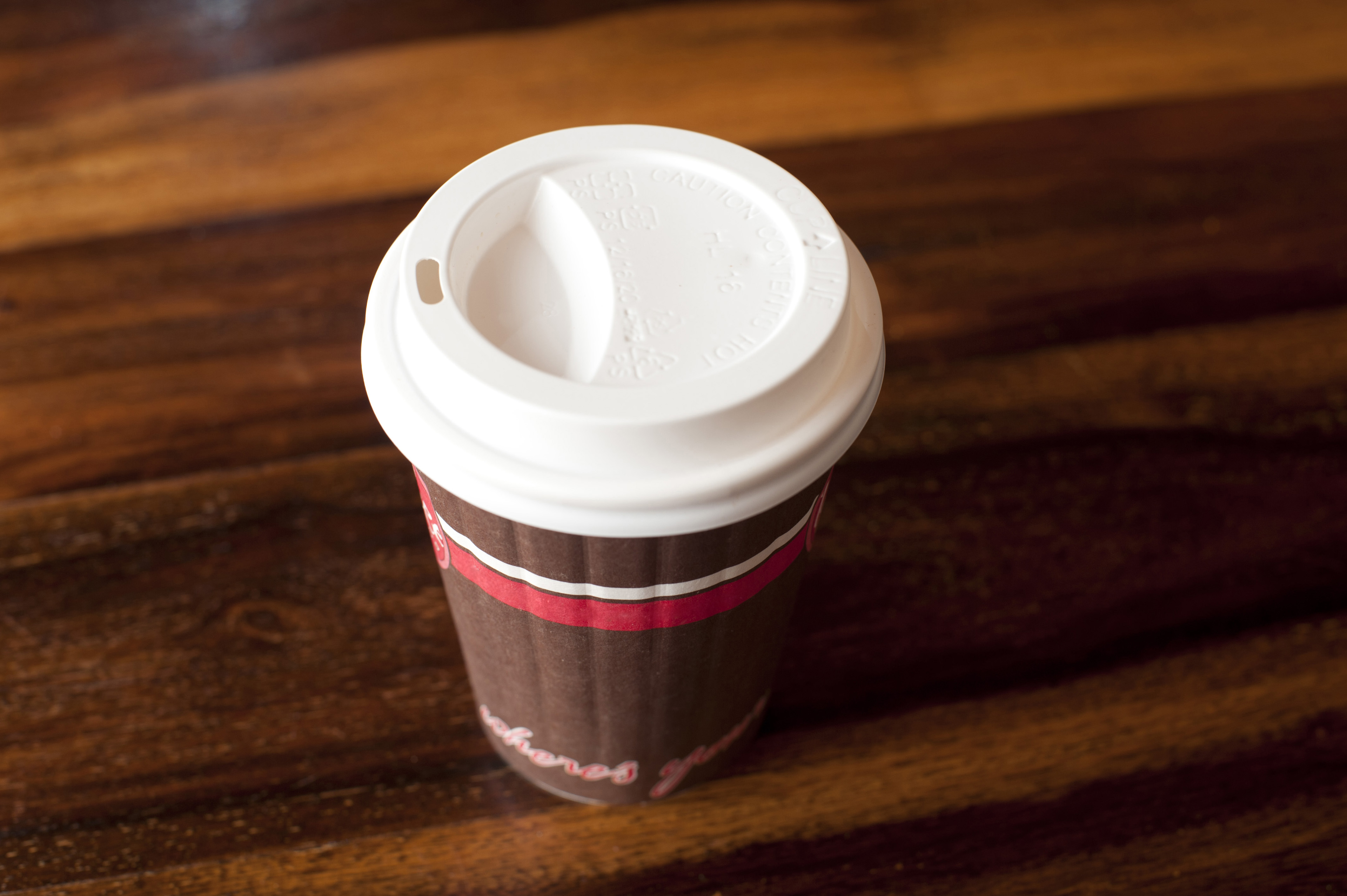 Image of paper takeaway coffee cup freebieotography paper takeaway coffee cup with a plastic lid for hot beverages on a wooden table geotapseo Gallery
