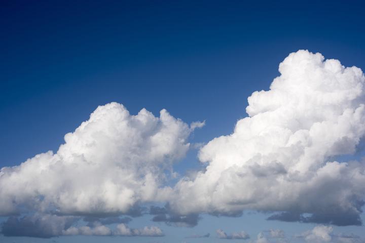 image of cumulonimbus clouds and blue sky
