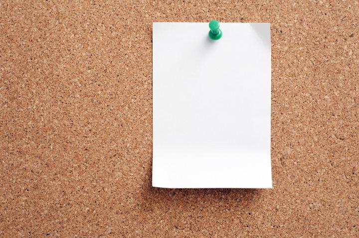 Image of Blank Note Paper Pinned on Cork Board | Freebie ...
